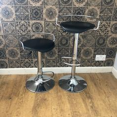 Bar Stool With Handles In Ha1 Harrow For Free Shpock