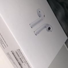 Apple airpods in B1 Birmingham for £60 00 for sale - Shpock