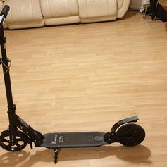 Xiaomi Segway Ninebot ES1 Electric Scooter in SE16 London