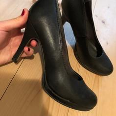 Tamaris Pumps apfelgrün Gr 40 in 5722 Niedernsill for €22.00