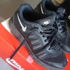 nike trainers in WF9 Wakefield for £45