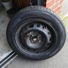 Car spare tyre in LS28 Leeds for £10.00