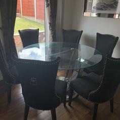 Dining Table With 6 Chairs In Ol8 Oldham Fur 210 00 Zum Verkauf Shpock De