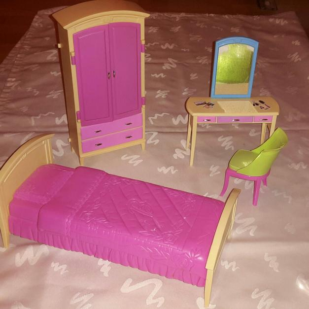 Barbie Schlafzimmer in 63067 Offenbach am Main for €5.00 - Shpock