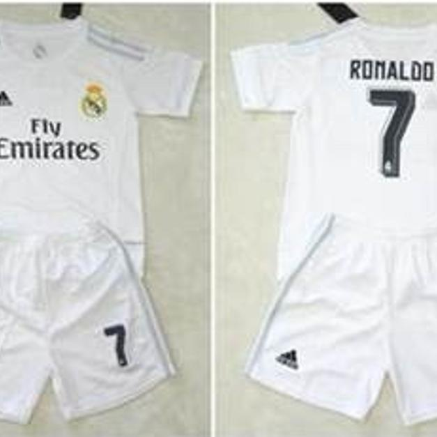 aae491c60 Real Madrid Boys kids Football kit. Ronaldo7 in BD3 Bradford for £22 ...