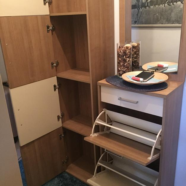 Vorzimmer Möbel In 1100 Wien For 70 For Sale Shpock