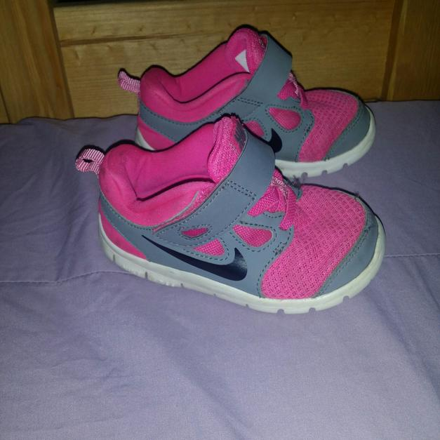 174461bfa8fa Nike Free Run 5 size 6.5 girl toddler in PE19 Neots for £12 - Shpock