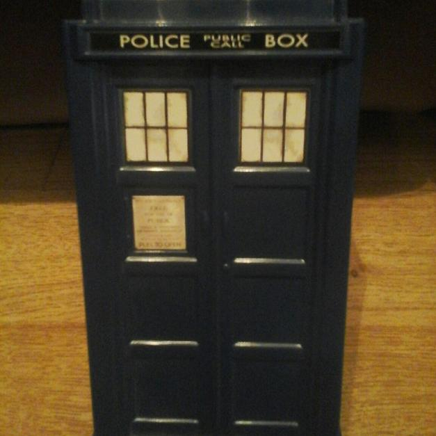 Doctor Who Tardist Money Box in FY1 Blackpool for £3.00 for sale