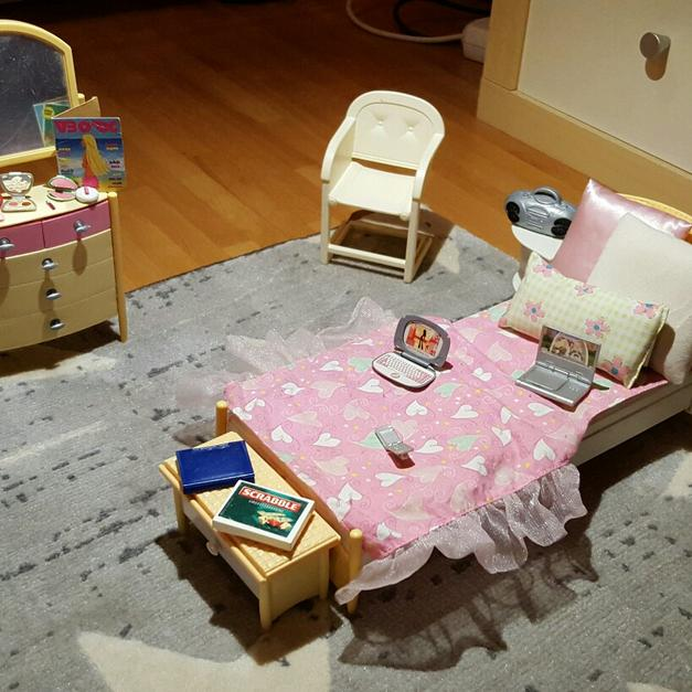 Barbie Schlafzimmer, Kinderzimmer Bad Set in 53819 Neunkirchen ...