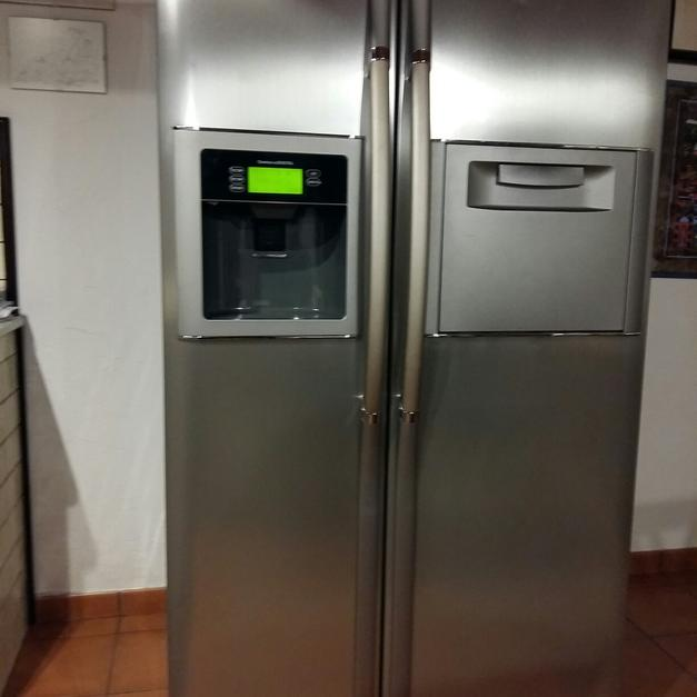 Frigo LG side by side in 97100 Ragusa für € 650,00 - Shpock