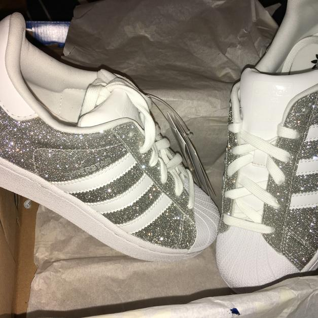 Adidas Superstar glitter Glitzer Silber silve in 46459 Rees for €139 ... 0421f7eb70c5d