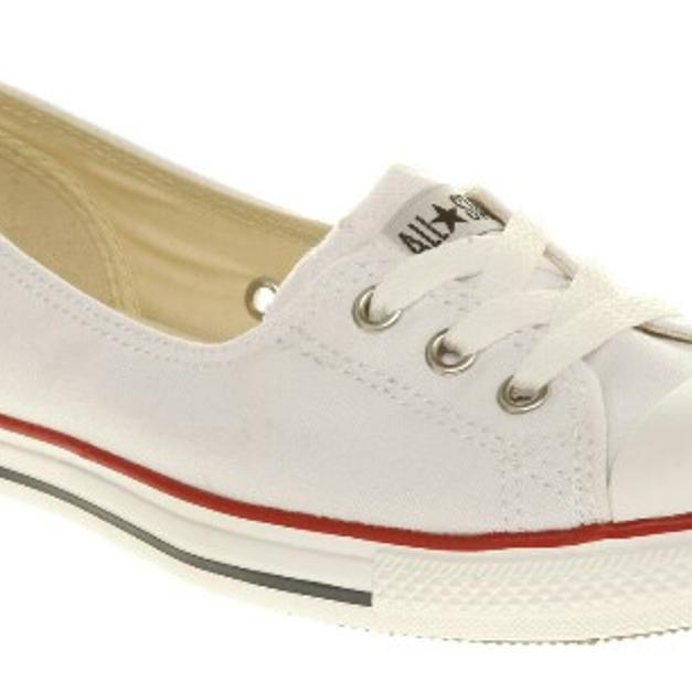 d8aefe7825cb Ladies white Converse dance lace in RM7 London for £25.00 for sale ...