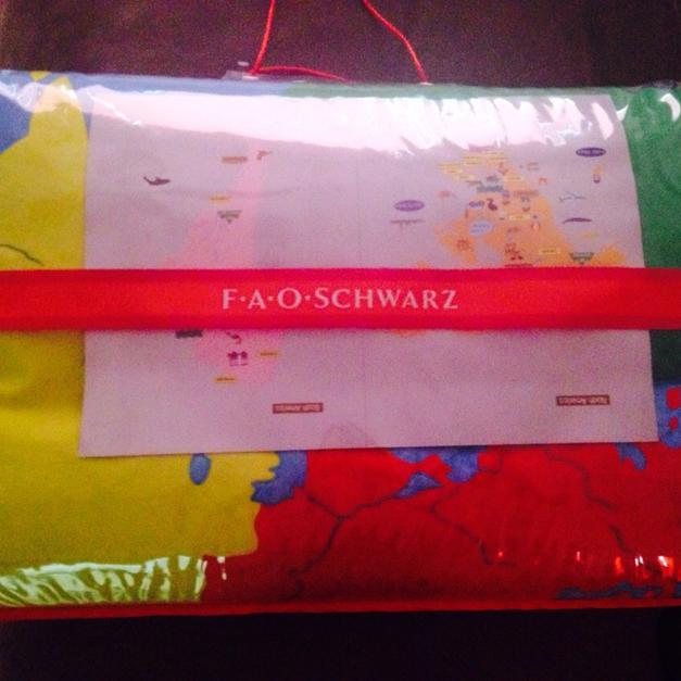 Fao Schwarz World Map.Fao Schwarz Giant World Map In 11001 Floral Park Fur 100 00 Shpock