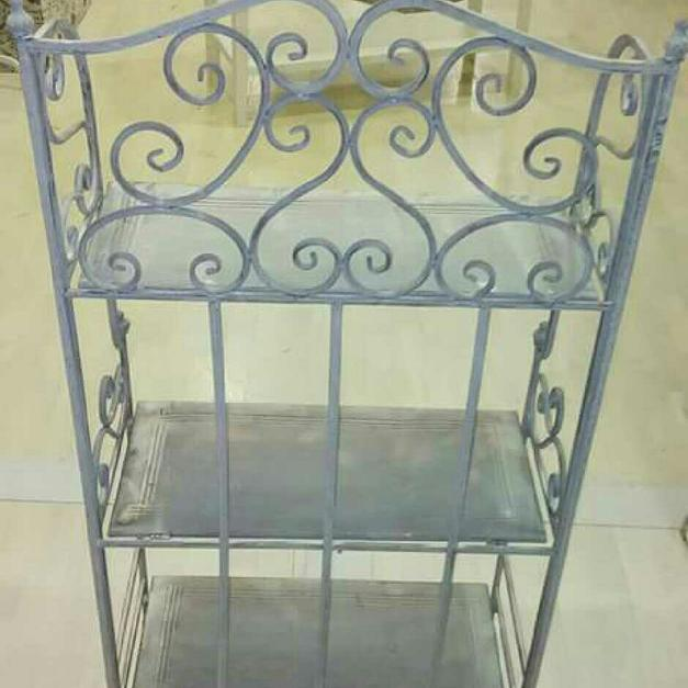Scaffale Shabby In Ferro Battuto In 00040 Lariano For 80 00 For