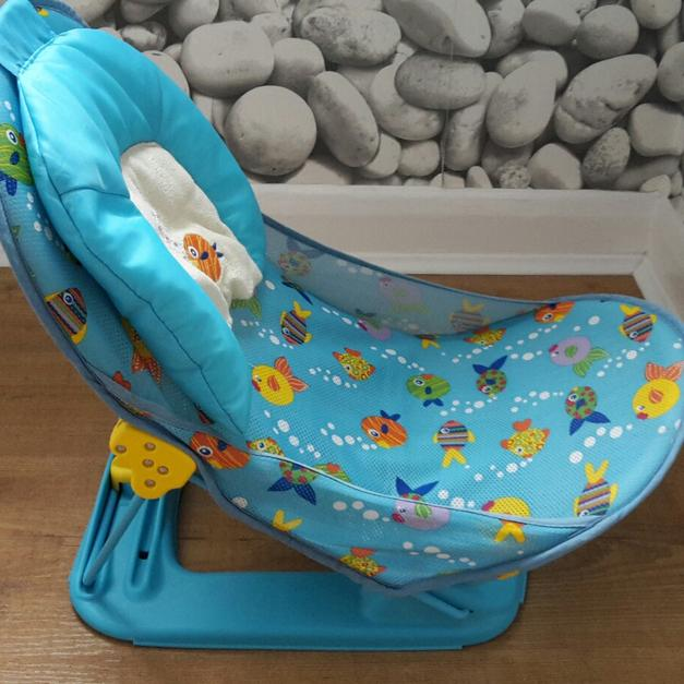 b8ee9dbc8f6 Fold down baby bath seat in NG5 Arnold for £5.00 for sale - Shpock