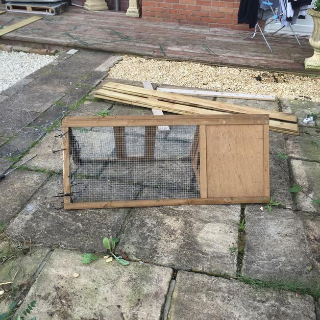 Guinea Pig Hutch And Run In Np44 Cwmbran For 20 00 For Sale Shpock