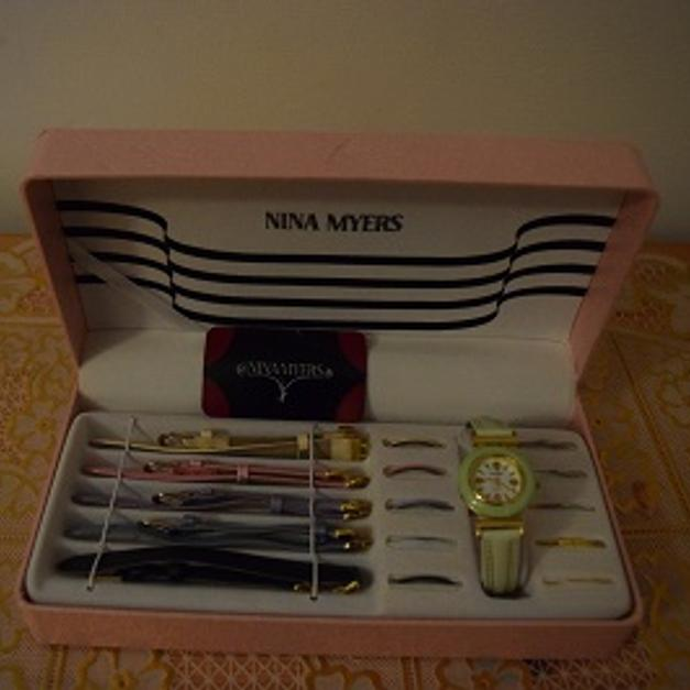 Nina Myers watch set in W3 6RE London for £10 for sale - Shpock 82c50f967c5e