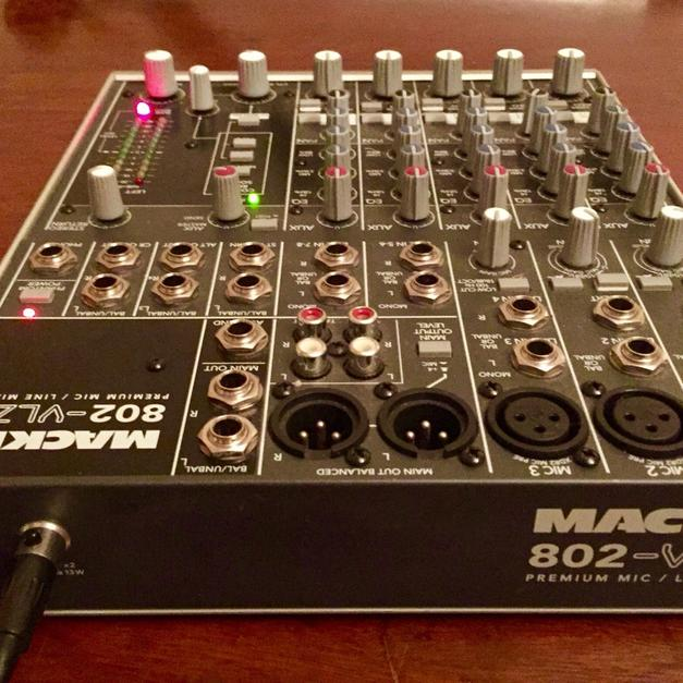 Mackie 802 VLZ3 8Ch Mixer In CR0 Croydon For 6000
