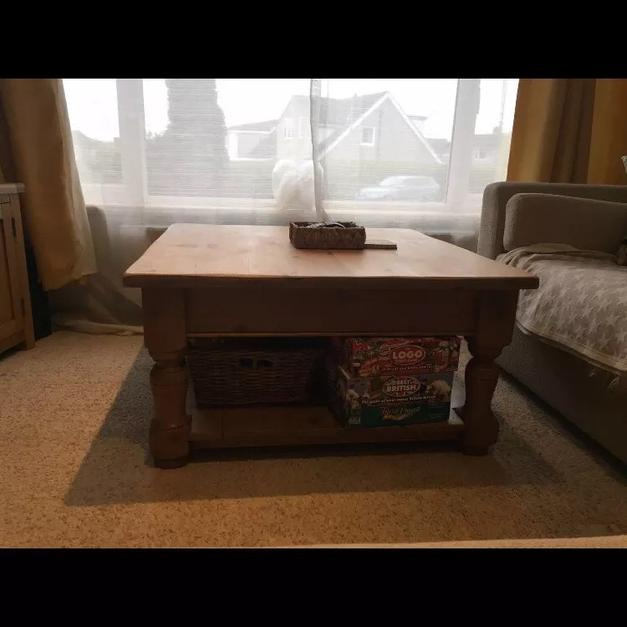 Large Heavy Chunk Solid Pine Coffee Table In HX2 Halifax