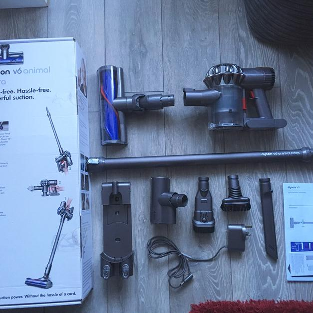 Image of: Vacuum Cleaner Description Shpock Dyson V6 Animal Extra Cordless Vacuum Cleaner In Dn21 Gainsborough