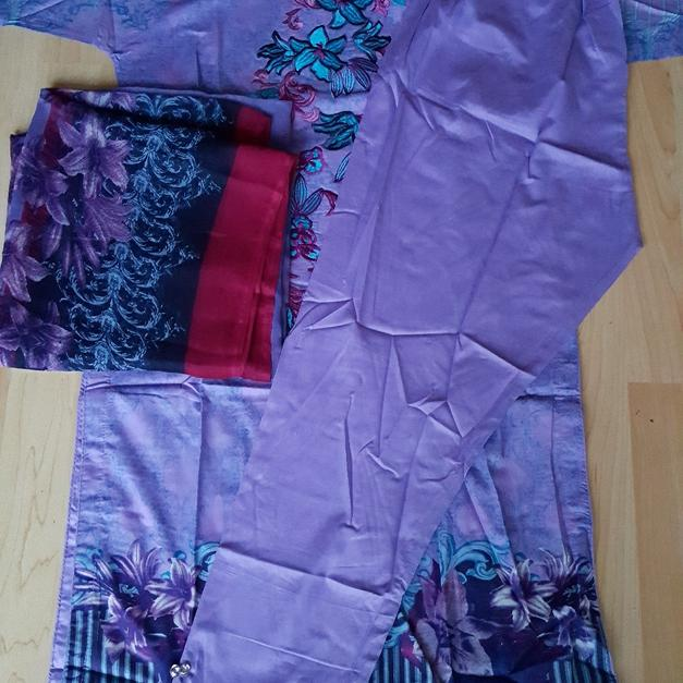 228e1ebf27 Brand new suits in B8 Birmingham for £15.00 - Shpock