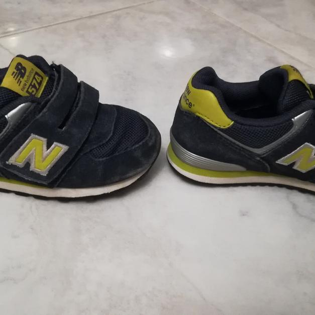 Scarpe bambino New Balance 574 n.26 (US 9K) in 51016 Montecatini Terme for  €10.00 for sale - Shpock 76229b76cad