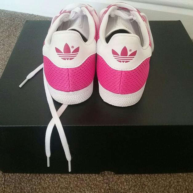 separation shoes b3d6b d14d5 Adidas gazelle trainers in Leeds for £23.00 - Shpock