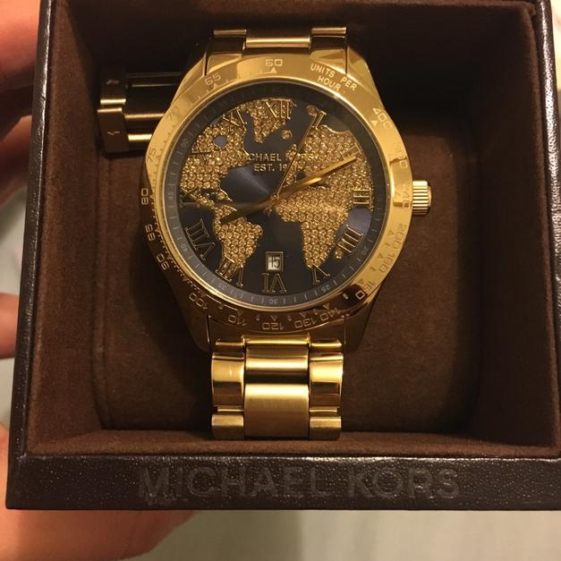 World Map Watch Michael Kors.Michael Kors World Map Gold Watch In N16 Hackney For 120 00 For