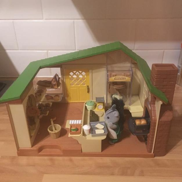Sylvanian Families Bakery In B77 Tamworth For 1000 Shpock