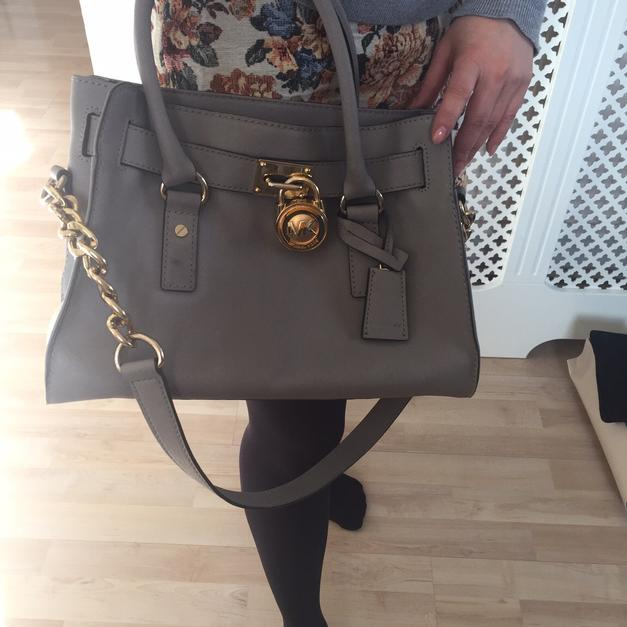 eb307efd80a6 Michael Kors handbag (used) in SW12 London Borough of Wandsworth for £30.00  for sale - Shpock