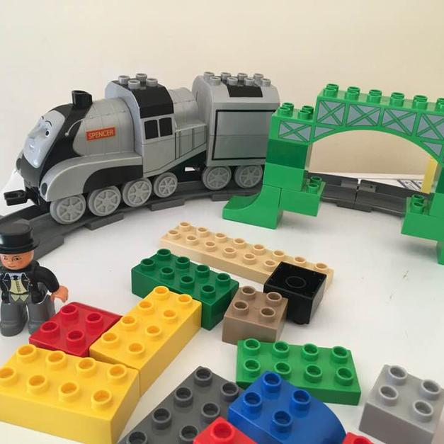 Lego Duplo Thomas The Tank Engine Set In Le12 Charnwood For 1500