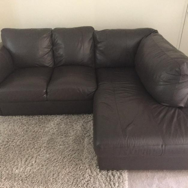 Corner Sofa Sale London: Corner Chaise Leather Sofa. In BR3 London For £125.00 For