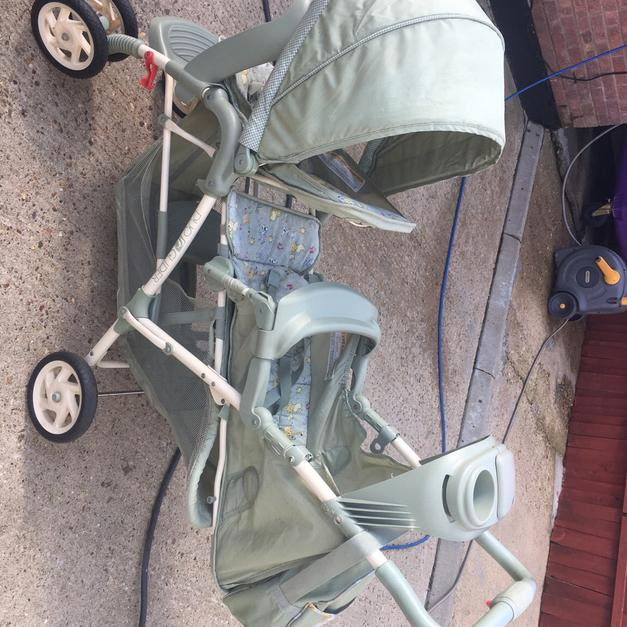 2 person graco pram/stroller/buggy/push chair in AL2 Albans