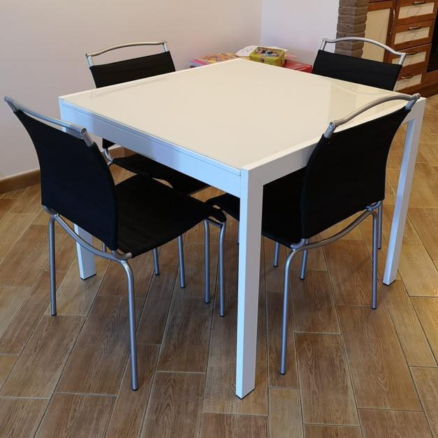 Tavolo calligaris in 00126 Roma for €180.00 - Shpock