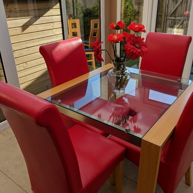 Dining Table And Chairs In S25 Rotherham For 14900 Sale