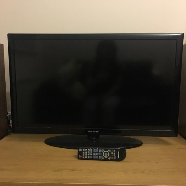 Tv Samsung 32 Inch Hd Led Television In Wf1 Wakefield For 80 Shpock