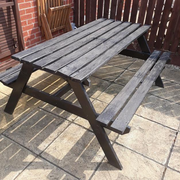 Picnic Table In Rotherham For Free Shpock