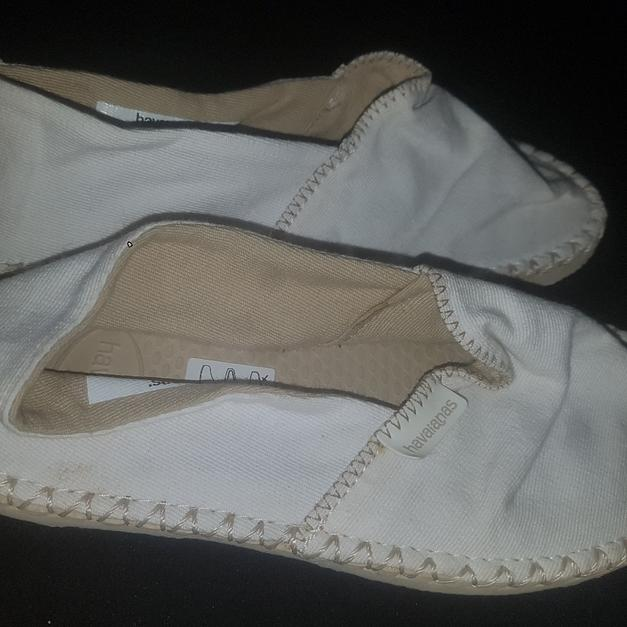 d197e7391f77 White kids havaianas in London Borough of Barking and Dagenham for £3.00  for sale - Shpock