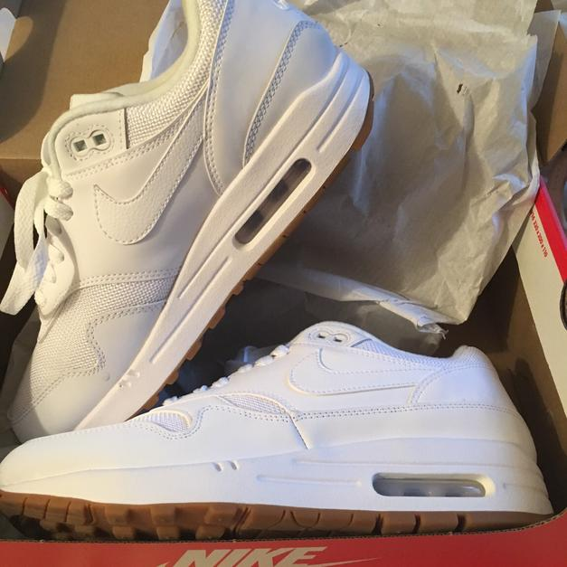 new style e7402 11a75 Nike air max 1 white gum sole edition size 6 in CF24 Cardiff for ...