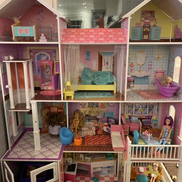 Dolls House Barbie Size Inc Accessories In N7 Islington For 100