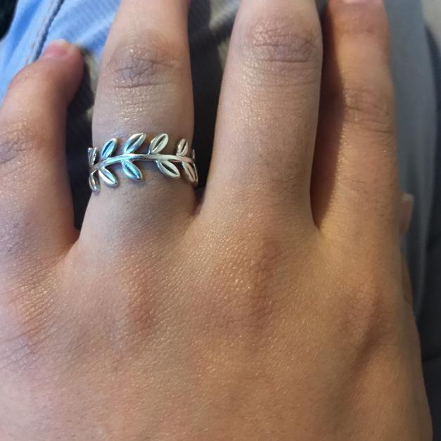 7e44b48c0 Pandora Laurel Wreath ring in TS1 Middlesbrough for £35.00 - Shpock