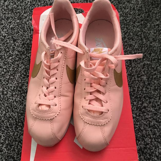 official photos f52e8 48a83 Coral and Gold Nike Cortez