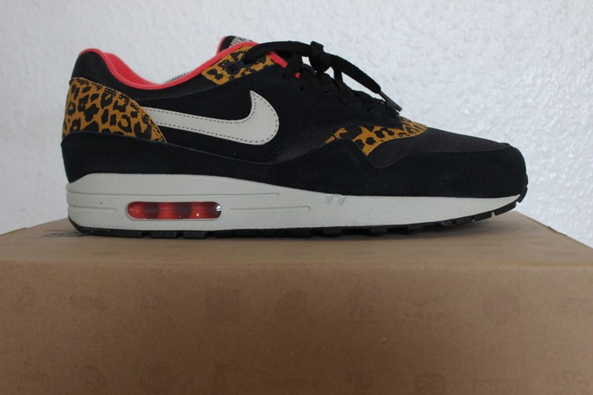 Nike Schuhe limited Edition gr 37,5 leo