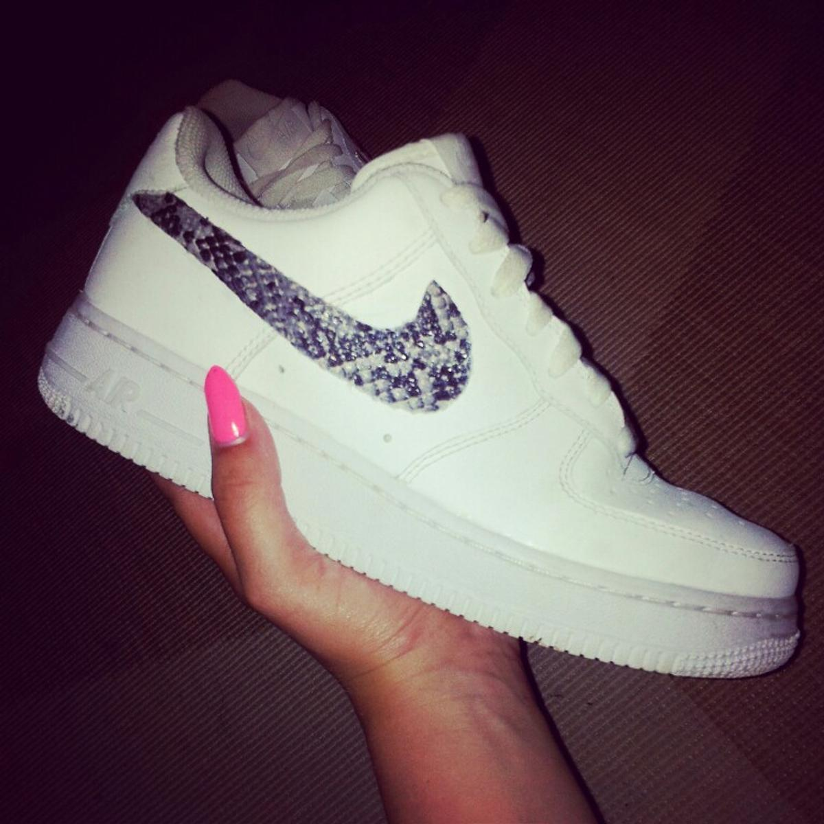 Nike air force 1 low mit schlangenmuster