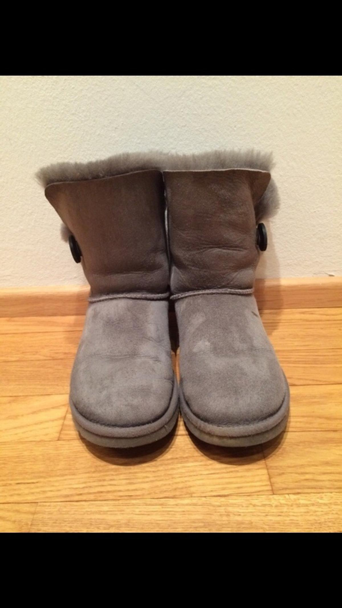 8e8afb2ab7 UGG Boots Bailey Button grau, 36 in 2345 Maria Enzersdorf for €50.00 ...