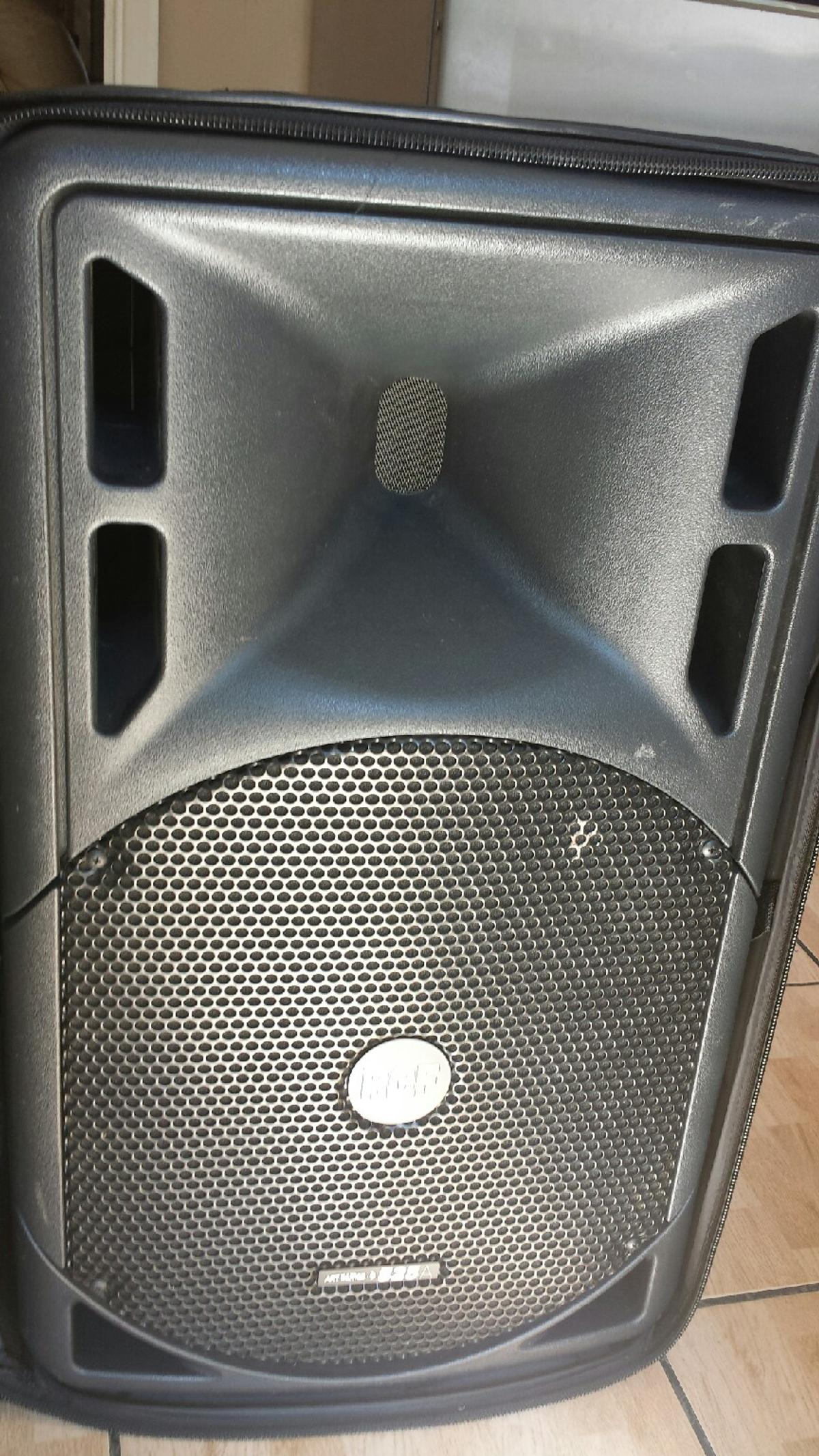 RCF 525A ACTIVE SPEAKER WITH RCF BAG in SE28 London for £550 00 for