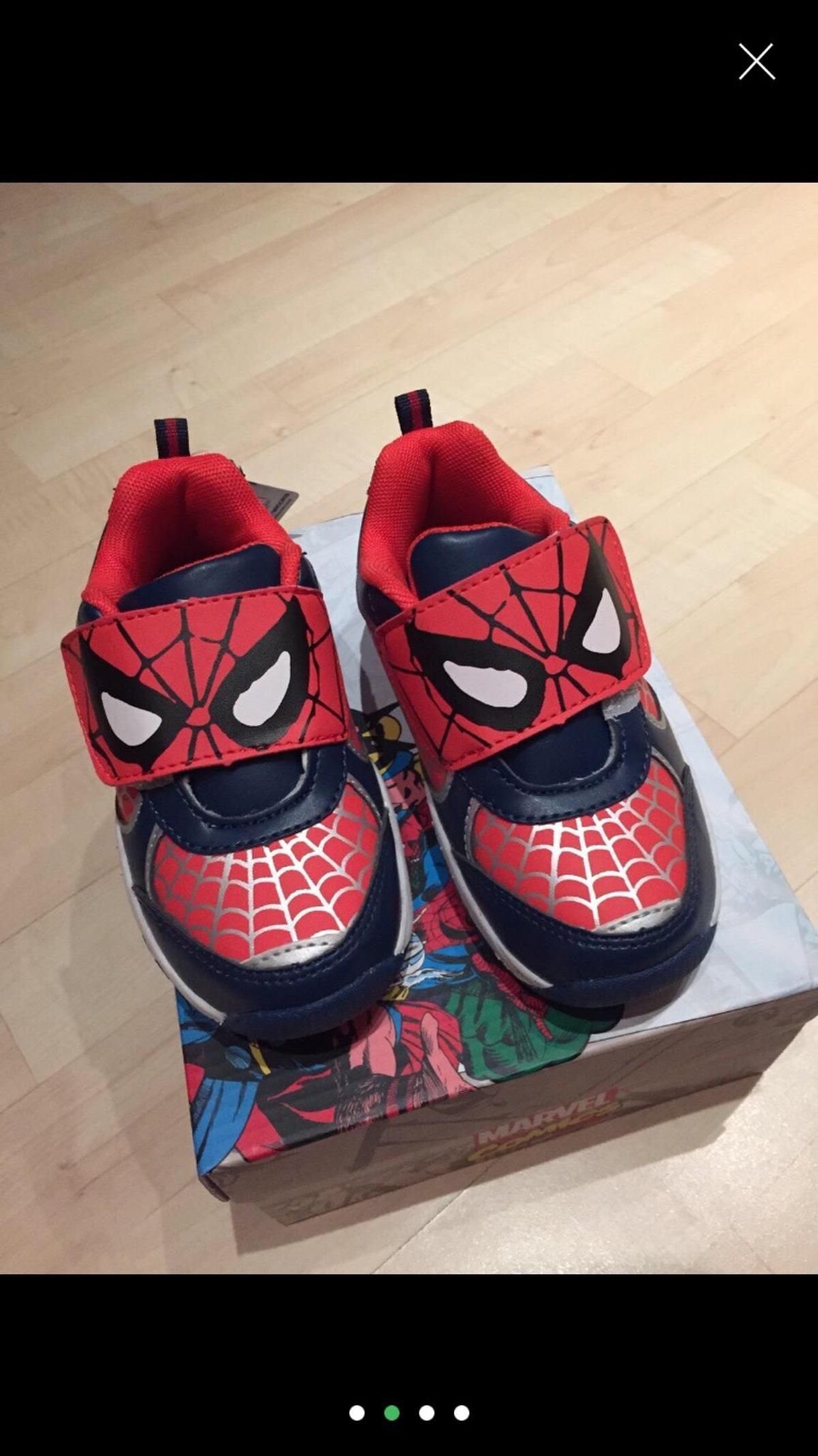 sports shoes 52c4d dbf28 Spiderman Schuhe mit LED Licht 26,5 Neu in 33104 Paderborn ...