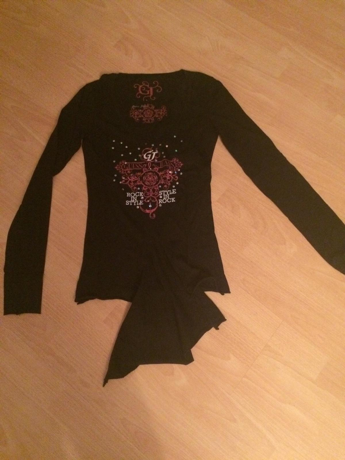 Shirt von Guess in 40547 Düsseldorf for €5.00 for sale | Shpock