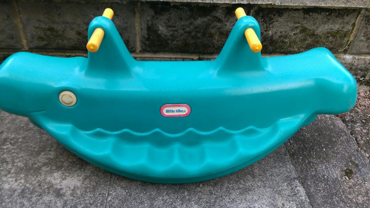 Little Tikes Whale teeter totter & table