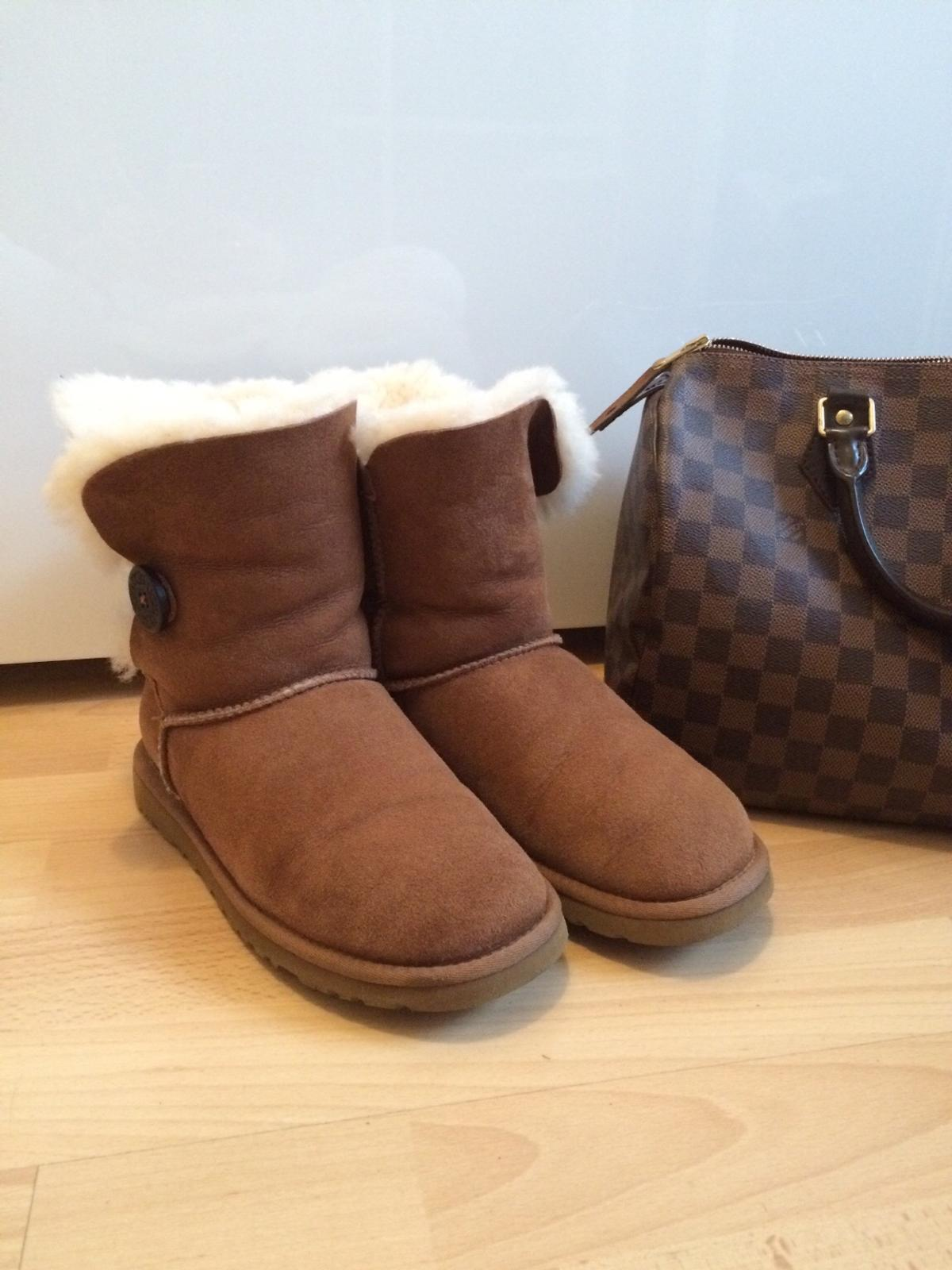 30161 Boots Für 119 Original Chestnut Bailey Button Ugg Hannover In I9WDHE2Y
